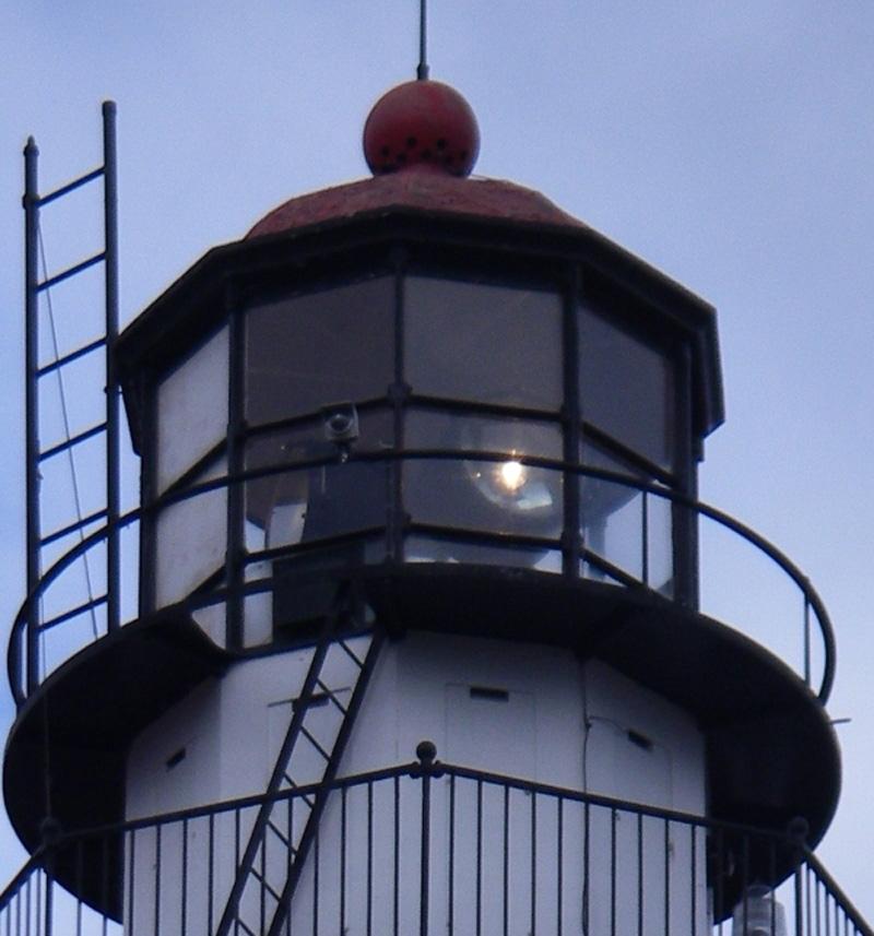 Whitefish_Point_Light_11-03-07